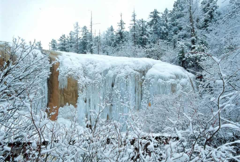 зима в цзючжайгоу