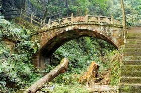 старый каменный мост китай чжанцзяцзе
