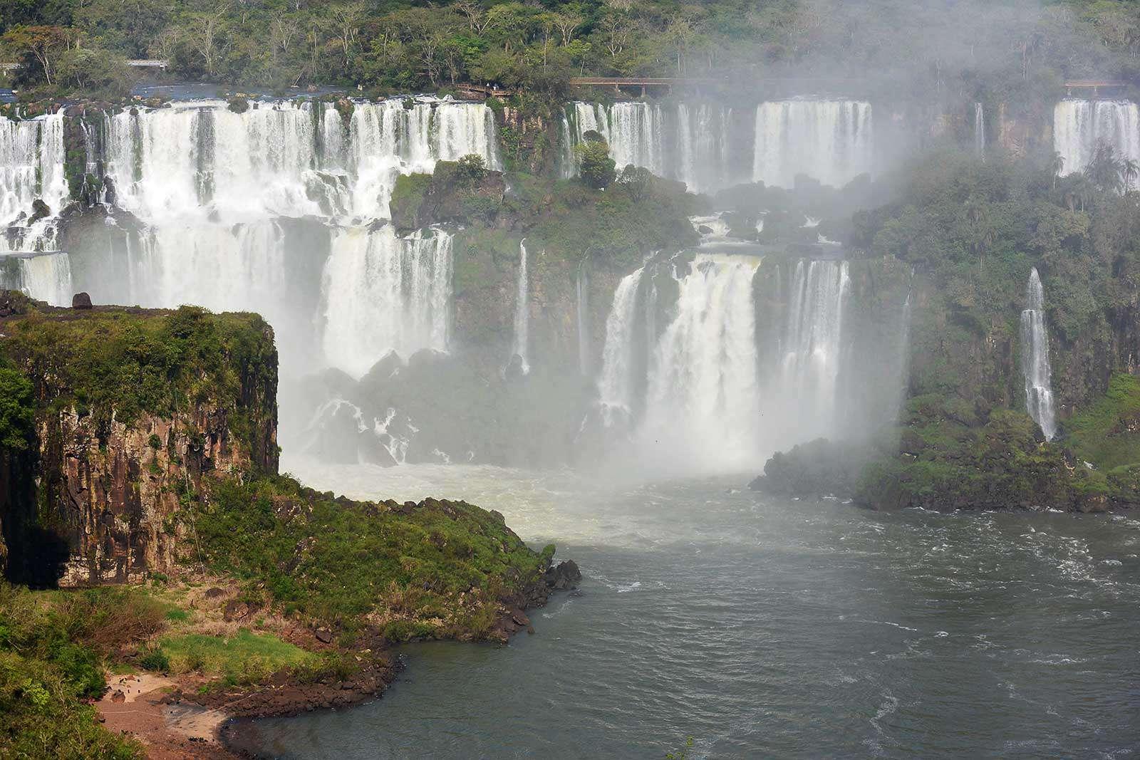 Водопады Игуасу, Аргентина-Бразилия