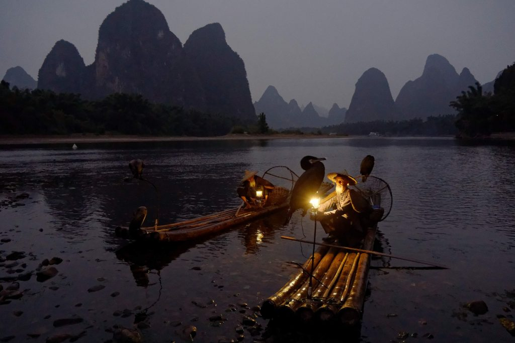 Рыбалка с бакланами Китай Синпинь Гуйлинь Яншо