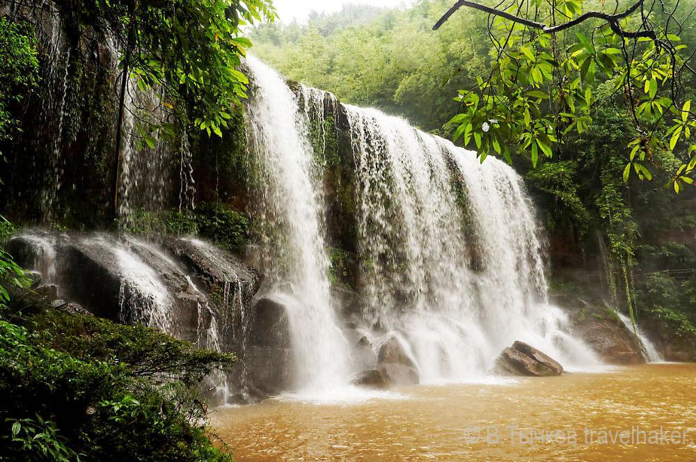 водопад в Китае - Чишуи