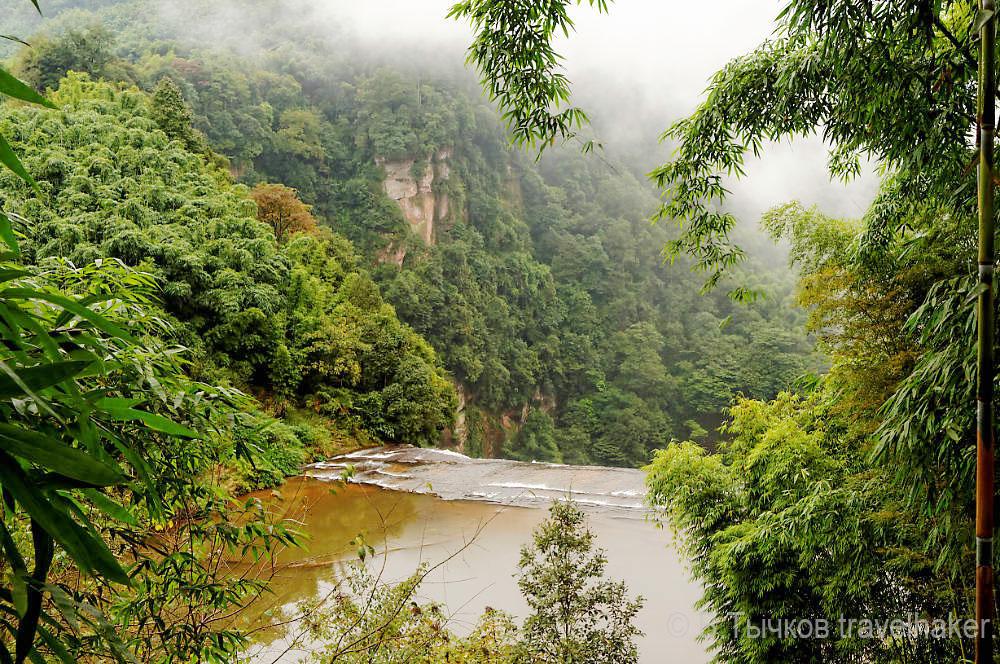 водопады китая шижандонг