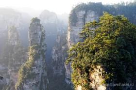 парящие горы в национальном парке чжанцзяцзе в китае
