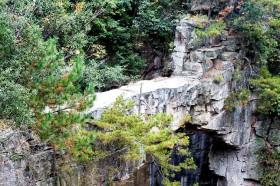 естественный мост в парке чжанцзяцзе китай