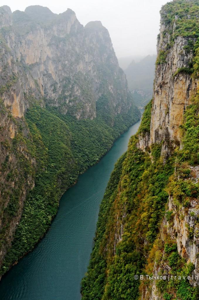 дорога из аншуна в малинг китай высотный мост над ущельем