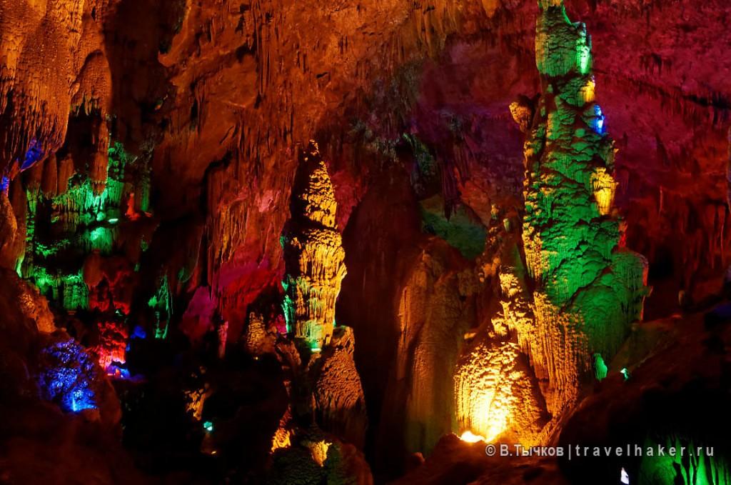 пещера тяньсин водопад хуангошу китай