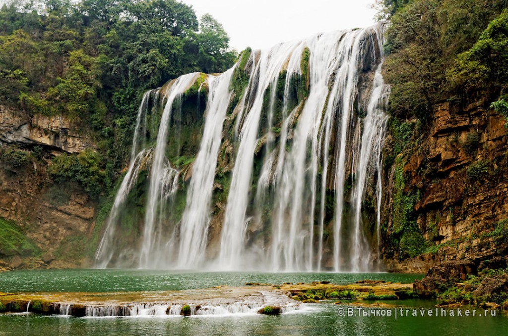 водопад хуангошу китай