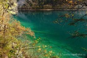 зеленое озеров национальном парке цзючжайгоу китай