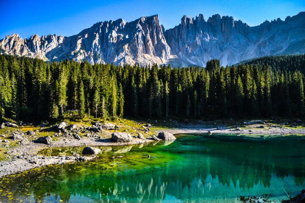 озеро карецца италия доломиты треккинг тур